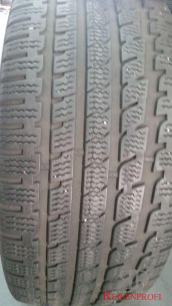 Kumho Izen KW27 Winterreifen 245/40 R17 97V DOT 10 7mm 1634-A