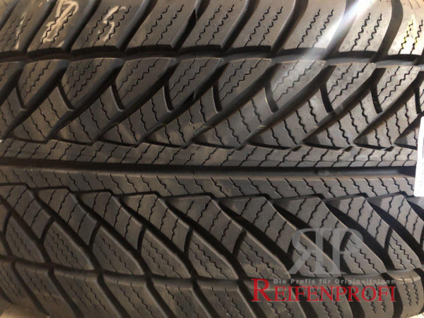 Goodyear Ultra Grip Wrangler Winterreifen 255/50 R19 107H DOT 13 7,5mm (RFT) M37