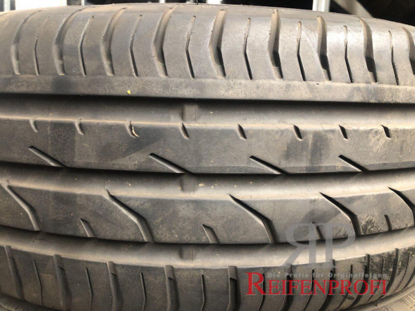 Continental Premium Contact (PC2) 195/55 R16 87V Sommerreifen DOT 10 5,5mm (RFT) RR15-A