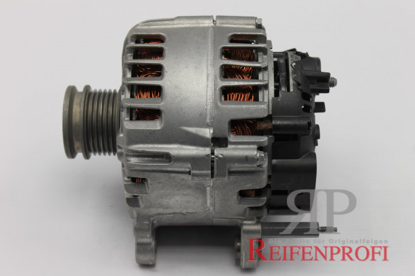 Original VW OEM 04E903023K Lichtmaschine Generator Valeo Audi Skoda NEU