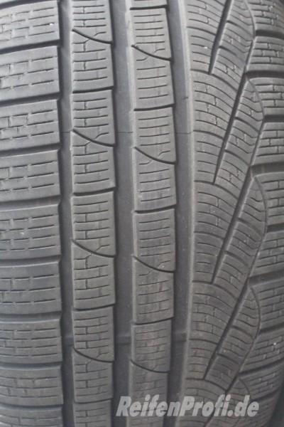 Pirelli Sottozero W240 295/30 R19 100V Winterreifen DOT 03 5,5mm 1588-A