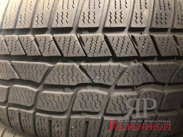Conti Winter Contact TS830P Winterreifen 235/45 R19 99V AO DOT 13 5,5mm RR3-D