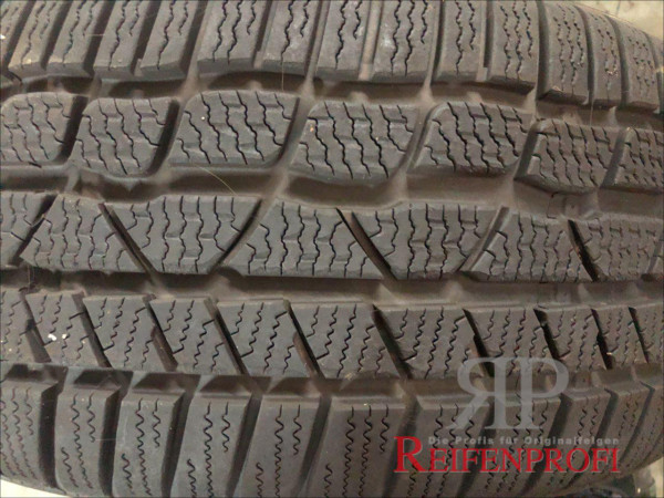 Conti Winter Contact TS830P Winterreifen 235/45 R19 99V AO DOT 12 8mm*heiß RRG-7D