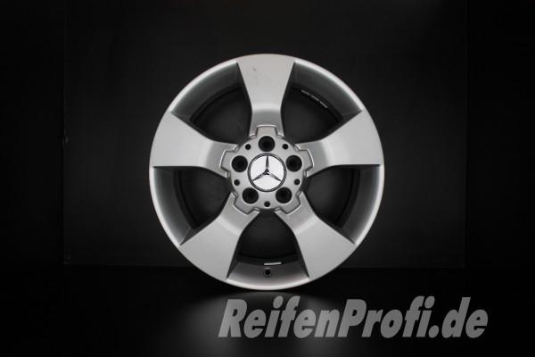 Original Mercedes GLK-Klasse X204 A2044013602 Felgen Satz 17 Zoll 1175-B3